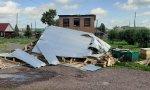 Подсчитаны снесенные крыши и заборы в Курагинском районе